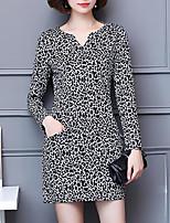 Для женщин Большие размеры На каждый день Простое Оболочка Платье С принтом,V-образный вырез Выше колена Длинный рукав Полиэстер Осень Со