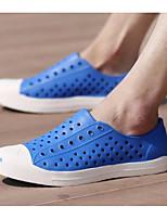 Для мужчин Сандалии Удобная обувь Резина Лето Повседневные Черный Желтый Морской синий Красный Тёмно-синий На плоской подошве