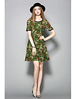 Для женщин На каждый день Оболочка Платье Цветочный принт,Круглый вырез До колена С короткими рукавами Полиэстер ЛетоСо стандартной