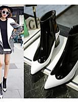 Для женщин Обувь на каблуках Удобная обувь Осень Нубук Полиуретан Повседневные Белый Черный Красный 9,5 - 12 см