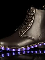 Для женщин Ботинки Удобная обувь Полиуретан Весна Осень Повседневные Шнуровка LED На плоской подошве Черный Коричневый Менее 2,5 см
