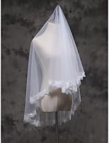 Voiles de Mariée Une couche Voiles bout du doigt Bord en dentelle Dentelle Tulle