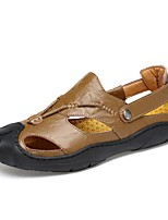 Для мужчин Сандалии Удобная обувь Лето Натуральная кожа Кожа Для плавания Повседневные Пряжки На плоской подошве Черный Коричневый Хаки