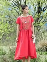 Для женщин На каждый день Свободный силуэт С летящей юбкой Платье Однотонный Вышивка,Круглый вырез Средней длины С короткими рукавами