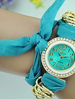 Жен. Модные часы Часы-браслет Кварцевый Материал Группа Повседневная Черный Белый Красный Коричневый Зеленый Желтый Роуз
