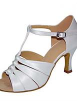 Для женщин Латина Шёлк Сандалии Концертная обувь С пряжкой Кубинский каблук Белый Черный Миндальный 5 - 6,8 см 7,5 - 9,5 см