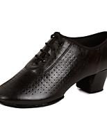 Для женщин Латина Натуральная кожа Сандалии Кроссовки Профессиональный стиль На толстом каблуке Черный