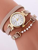 Жен. Модные часы Часы-браслет Кварцевый PU Группа Cool Повседневная Черный Белый Бежевый Роуз