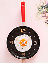 Modern/Contemporary Country Casual Others Garden Theme Others Romance Family Rustic Theme Wall Clock,Round Mixed Material Indoor/Outdoor