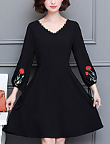 Women's Plus Size Going out Street chic Sheath Dress,Solid Embroidered V Neck Knee-length 3/4 Length Sleeves Polyester Fall Mid Rise