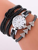 Жен. Модные часы Часы-браслет Кварцевый PU Группа Cool Повседневная Черный Белый Синий