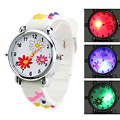 Children's Flower Style Silicone Analog Quartz Wrist Watch with Flashing LED Light (White)