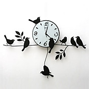 Modern Style Wall Clock in Iron 30