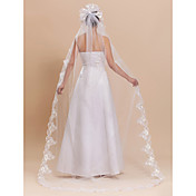 Elegant 1 Layer Tulle Chapel Wedding Veil With Finished / Lace Applique Edge