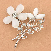 Delicate Alloy With Rhinestone/Resin Flower Shaped Brooch(Random Color Delivery)