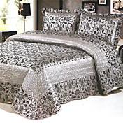 3-Piece Tusiki European Style Print Queen Velvet Quilt
