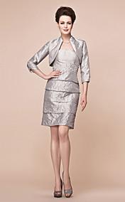 Sheath/Column Strapless Knee-length Taffeta Mother Of The Bride Dress With A Wrap