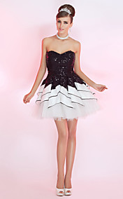 Ball Gown Sweetheart Short/Mini Sequined Cocktail Dress