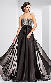 A-line Sweetheart Sweep/Brush Train Chiffon And Sequined Evening Dress