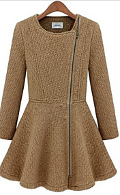 Women's Round Neck Belted Tweed Coat with Zip Front Detail