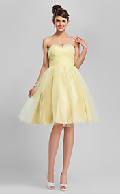 Ball Gown Sweetheart Knee-length Tulle Bridesmaid Dress