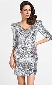 Sheath/Column V-neck Short/Mini Sequinded Cocktail Dress