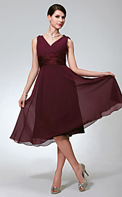 A-line V-neck Sleeveless Knee-length Chiffon Bridesmaid/Wedding Party Dress