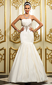 Trumpet/Mermaid Strapless  Chapel Train Court Train Satin Wedding Dress