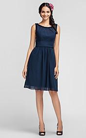 Sheath/Column Scoop Knee-length Chiffon Bridesmaid Dress