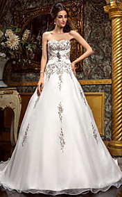 A-line Sweetheart Court Train Chiffon Wedding Dress (492767)