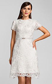 A-line Jewel Knee-length Lace Cocktail Dress