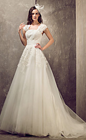 A-line Princess Queen Anne Sweep/Brush Train Tulle And Lace Wedding Dress (632813)