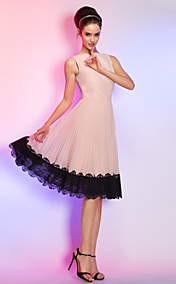 A-line Bateau Knee-length Chiffon Cocktail Dress (759958)