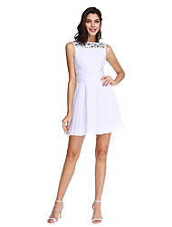 2017 TS couture® מסיבת קוקטייל לנשף להתלבש אונליין שיפון מיני Bateau קצר / עם קריסטל המפרט / כורכת / ruching