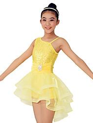 ריקוד לטיני שמלות ביצועים ספנדקס / פוליאסטר / נצנצים קריסטלים / rhinestones / Paillettes / קפלים / נצנצים / שכבות 2 חלקים בלי שרוולים טבעי