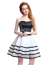 Cocktail Party Dress Ball Gown Sweetheart Knee-length Satin with Appliques