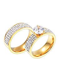 Anéis de Casal Amor Hipoalergênico Euramerican Jóias filme Jóias de Luxo Bijuterias Destaque Clássico Zircão Aço Titânio Chapeado Dourado