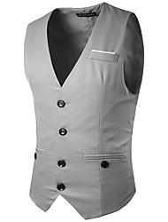 חזיית האופנה של הגברים מעוטרת בחליפת חליפה של ג'נטלמן