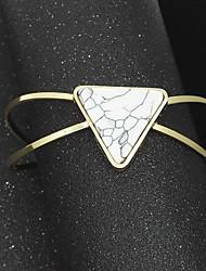 Dámské Široké náramky Módní Slitina Triangle Shape Šperky Pro Párty Zvláštní příležitosti Narozeniny 1 ks