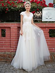 LAN TING BRIDE A-linje Bryllupskjole - Chic og moderne Simpelthen elegant Gulvlang V-hals Blondelukning Tyl medApplikeret broderi Bælte /