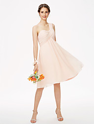LAN TING BRIDE באורך  הברך כתפיה אחת שמלה לשושבינה  - אלגנטי גב פתוח ללא שרוולים שיפון