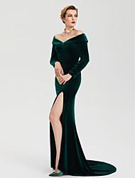 TS Couture Evento Formal Vestido - Fendas Estilo Celebridade Tubinho Ombro a Ombro Cauda Escova Veludo com Com Fenda