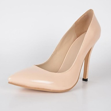 This pair of high-heeled shoes have an excellent place, which the girls in different age section can control its elegant well. yuki_nude_color_shoes_2.