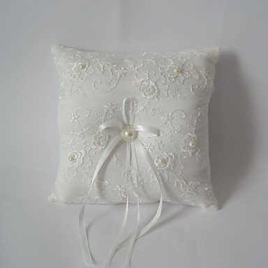 Ivory square ring pillow with ribbon 2652266 2017 for Porte alliance original