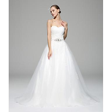 красное свадебное платье из атласа, с