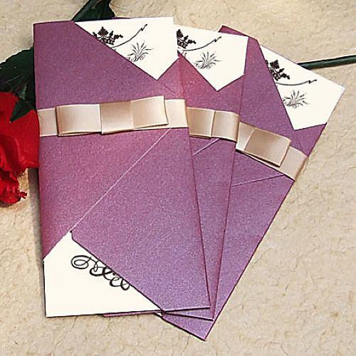 старинные сверкающий фиолетовый приглашение на свадьбу с золотой лентой (набор из 60) Lightinthebox 1610.000
