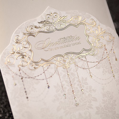 Свадебное приглашение царственной роскоши сложенном из слоновой кости (набор из 50) Lightinthebox 2577.000