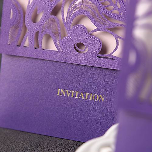 Классический Люкс Свадебные приглашения с цветочным Cutout (набор из 50) Lightinthebox 2195.000