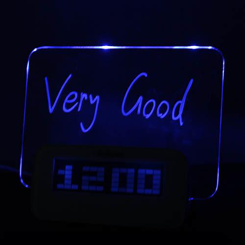 Будильник-доска для сообщений с синей подсветкой и 4 USB портами (USB) Lightinthebox 858.000