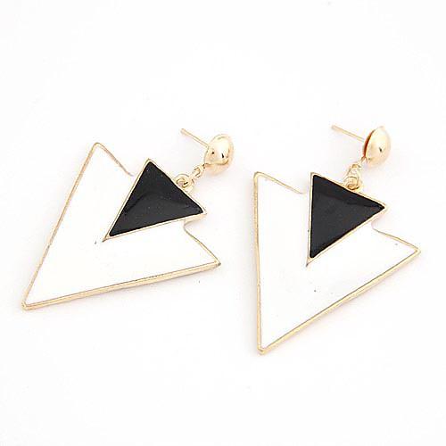 Серьги из сплава треугольной формы в стиле панк (разные цвета) Lightinthebox 214.000